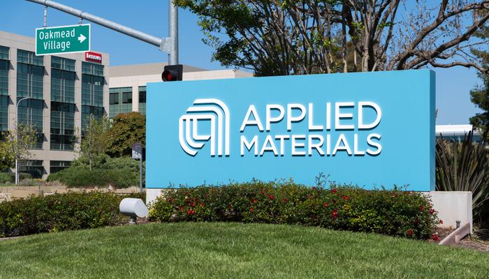 Applied Materials tops fiscal Q4 estimates