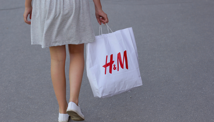 H&M swings to loss in Q1